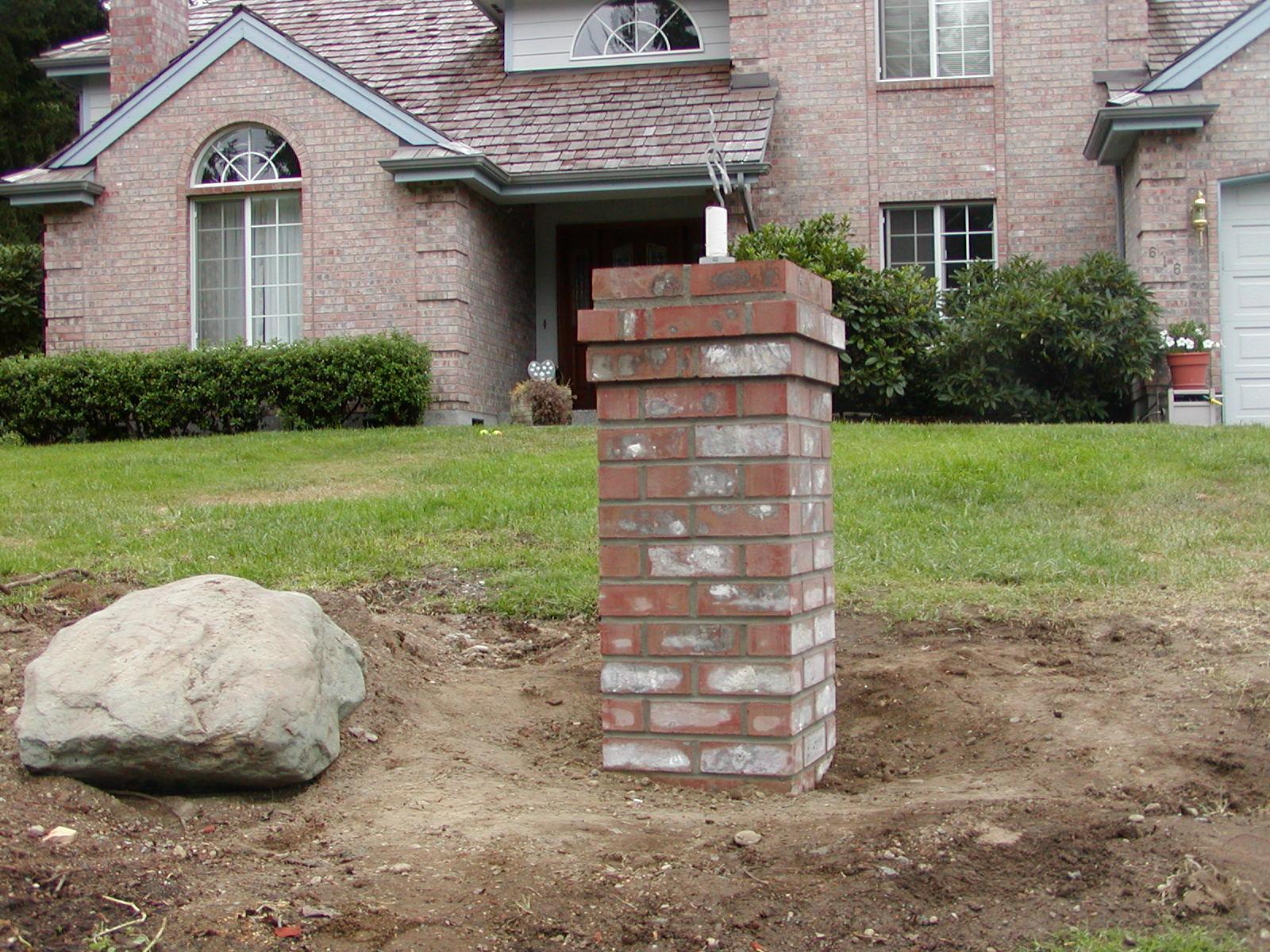 Brick quoin corners for Brick quoins